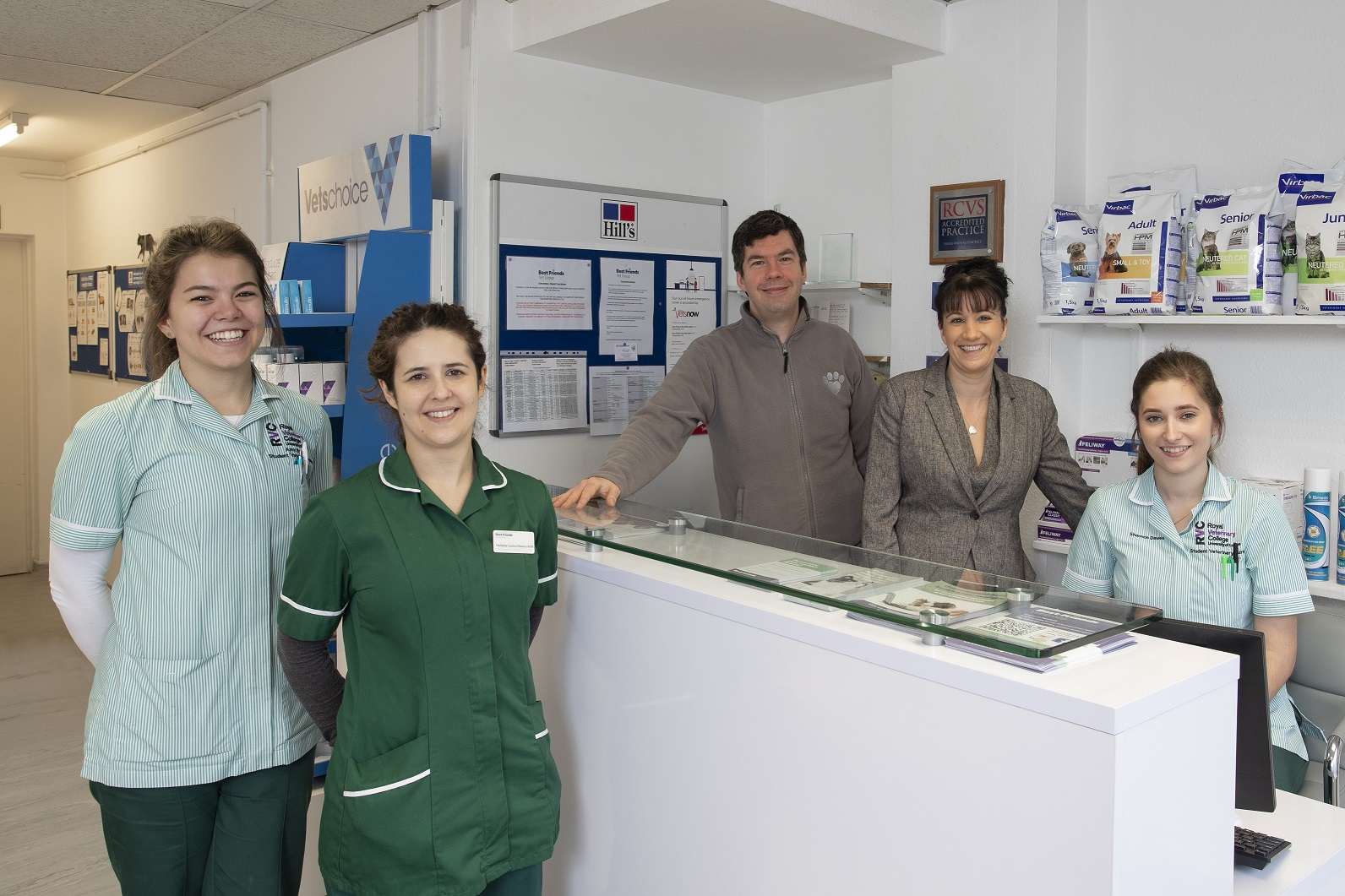 The team at Best Friends Veterinary Groups Oak Hill practice