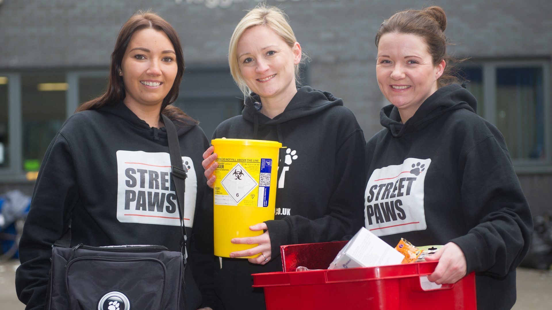 Vet team lends a paw for dogs belonging to the homeless